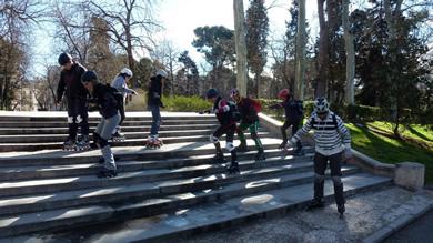La diversión dentro de las clases de Madridpatina, forma parte de su metodología.